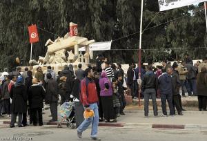 إنتحار 4 في يوم واحد في الذكري السنوية اﻷولي للثورة بتونس