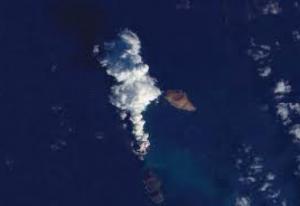 ظهور جزيرة جديدة بالقرب من السواحل اليمنية