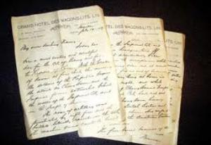 إيطالي يطلق زوجته بسبب رسائل غرامية كتبتها قبل 60 عام