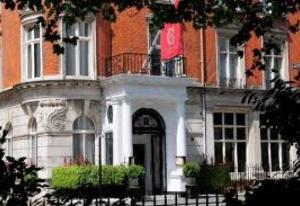 أنجلترا: فندق يقدم خدمة الاستحمام بالخمور