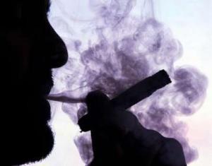 دراسة: التدخين يزيد من حدة تراجع القدرات الذهنية