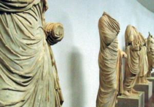هجوم مسلح لسرقة متحف للأثار في اليونان