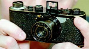 كاميرا قديمة عمرها يقارب الـ90 عام تباع بـ 2,8 مليون دولار